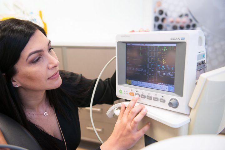 Dental sedation equipment used by Dr Melissa Licenblat